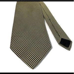 Brooks Brothers Gold Houndstooth Silk Men's Tie
